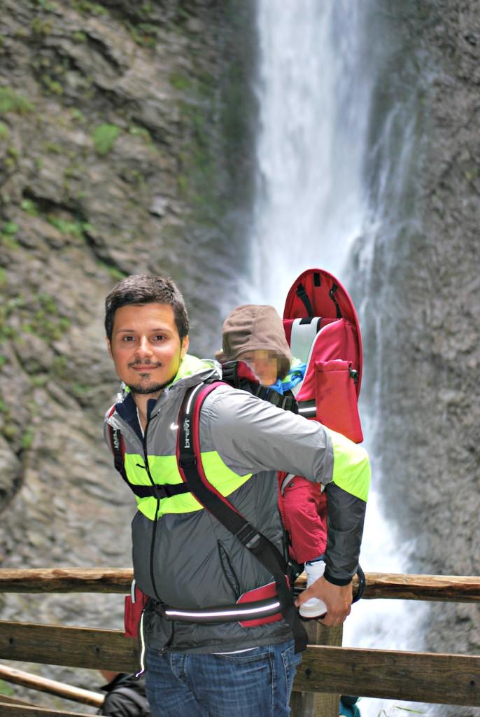 Saint Johann cascate - Austria con bambini - Peekaboo Trave Baby