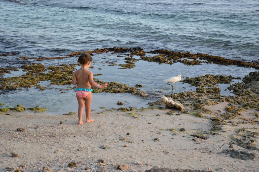 Viaggiare in Repubblica Dominicana con bambini_bimba e mare