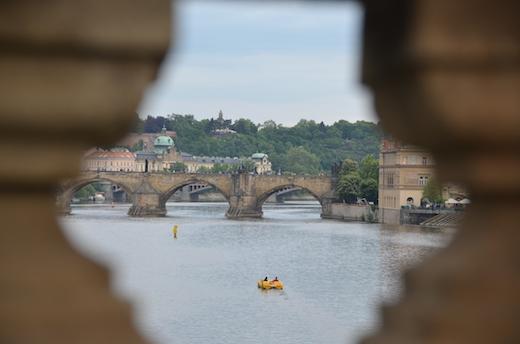 Praga - Ponte Carlo- Praga con bambin