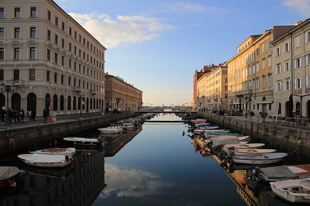 #Traveldreams2016 - Peekaboo Travel Baby - trieste