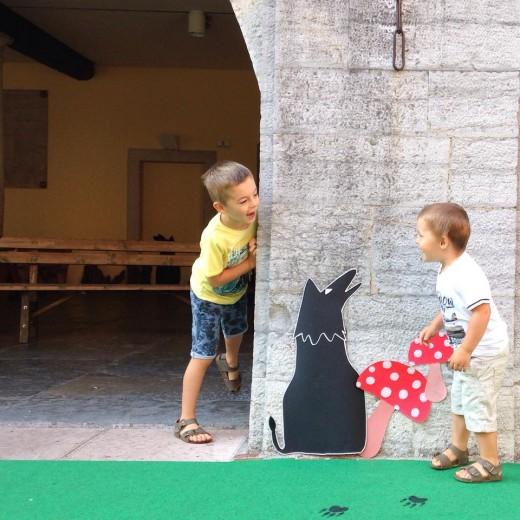 Playground around the corner - - viaggiare con due bambini