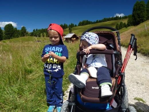 babytrekking - viaggiare con due bambini