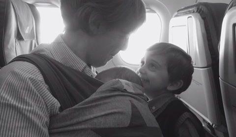 Viaggiare con due bambini: i consigli delle mamme blogger