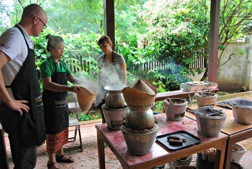 Cibo in laos - corso di cucina sticky rice 2